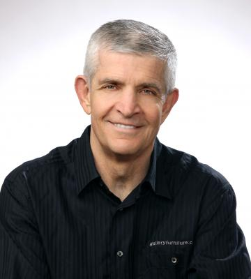 A headshot of Jim McIngvale, the Owner and Philanthropist at Gallery Furniture