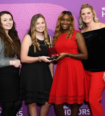 Four students at NRF Foundation Honors with award